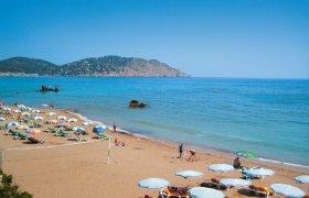 Invisa Figueral Resort Cala Blanca & Cala Verde recenzie