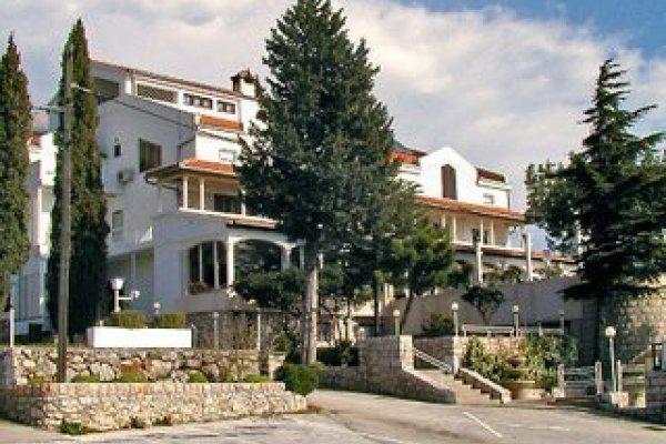 Vicko Hotel & Villa