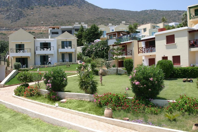 Piskopiano Village