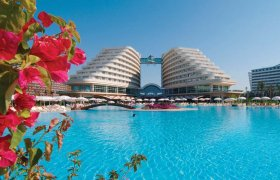 Miracle Resort recenzie