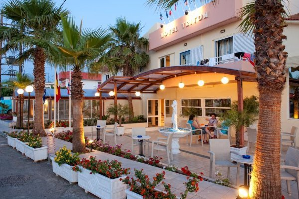 Triton Hotel Malia
