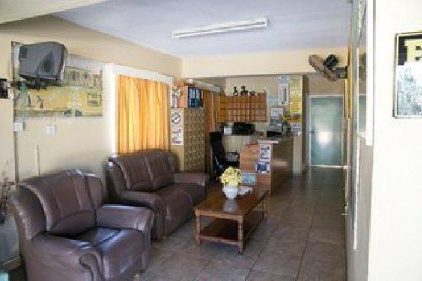 Barbara Tourist Apartments & Annex