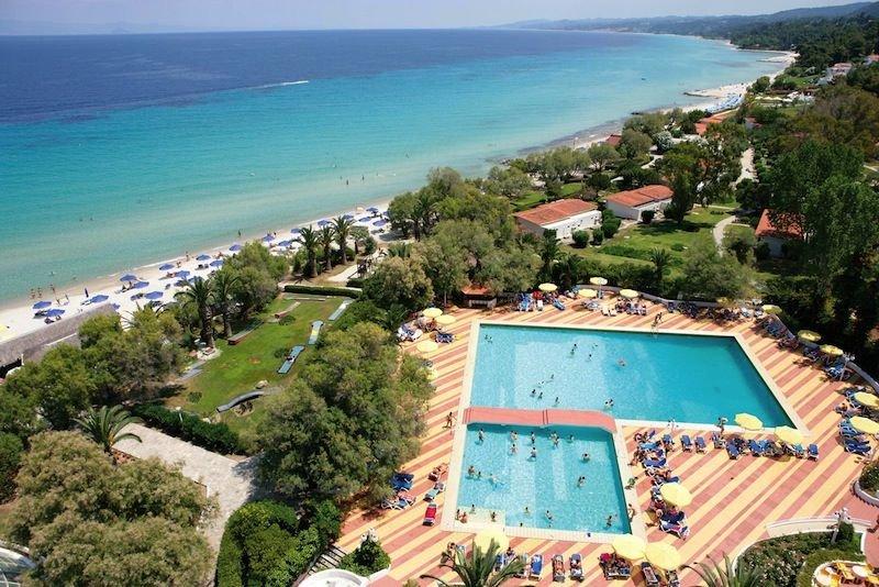 Pallini Beach Hotel & Bungalow