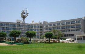 Pernera Beach Hotel recenzie