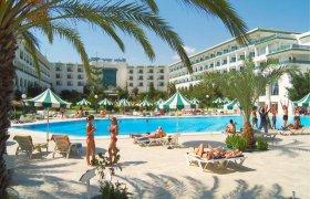Riviera Hotel recenzie