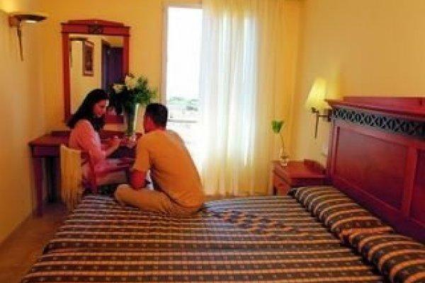 Insotel Hotel Menorca - Insotel Punta Prima Resort / Insotel Punta Prima Prestige