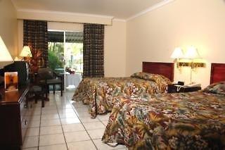 Riande Aeropuerto Hotel, Casino & Resort