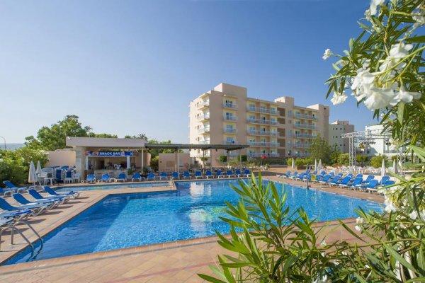 Ibiza: Invisa Hotel Es Pla 3* - Adult Only
