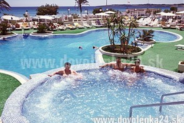 Sabina Hotel & Suites