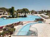 Jacaranda Club & Resort recenzie
