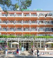 THB Felip Class - Erwachsenenhotel