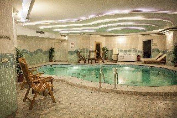 Bilek Hotel