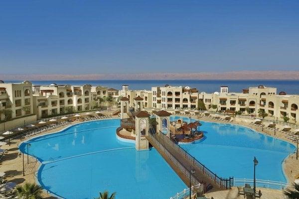 Jordánsko, Mŕtve more: Crowne Plaza Resort 5* z Viedne