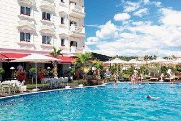 Flower Hotel & Spa
