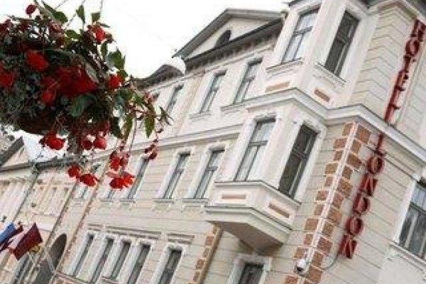 London By Tartu Hotels