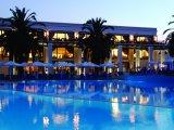 Roda Beach Resort & Spa recenzie