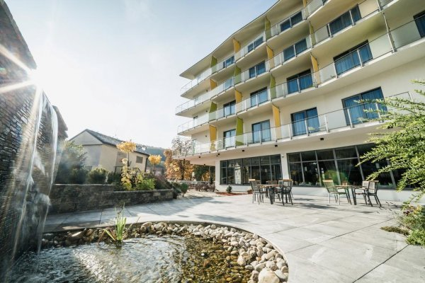 Trenčianske Teplice: Wellness Hotel Panorama 4*