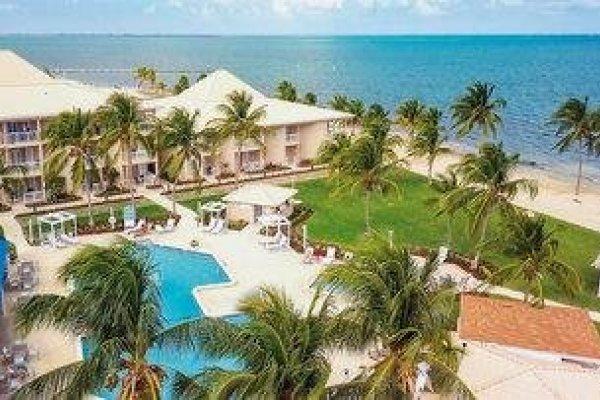 Grand Caymanian Resort & Suites