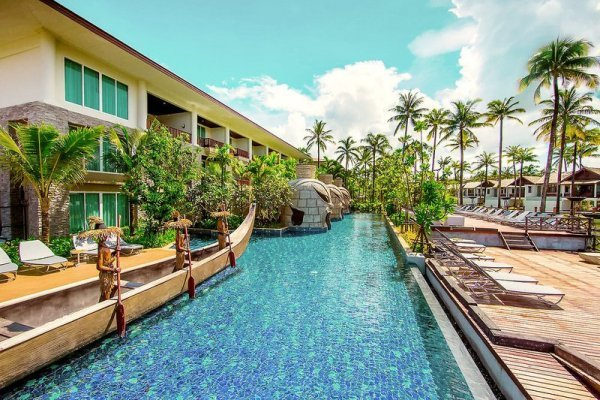 Graceland Khaolak Hotel & Resort