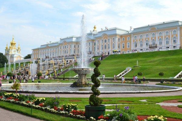 Rusko: Petrohrad, klenot severu