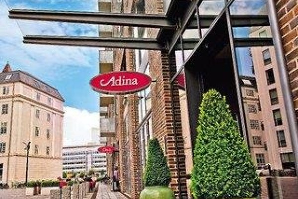 Adina Appartement Hotel