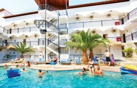 Hotel Chanioti Grand Victoria recenzie