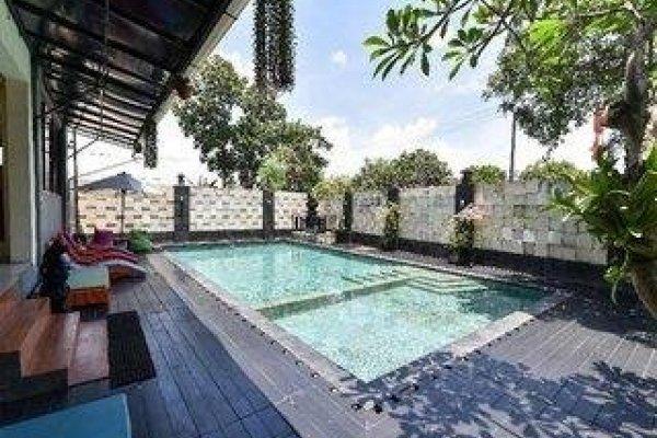 Sylvia Bali Suite Residence By Reddoorz