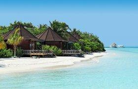 Komandoo Island Resort & Spa recenzie