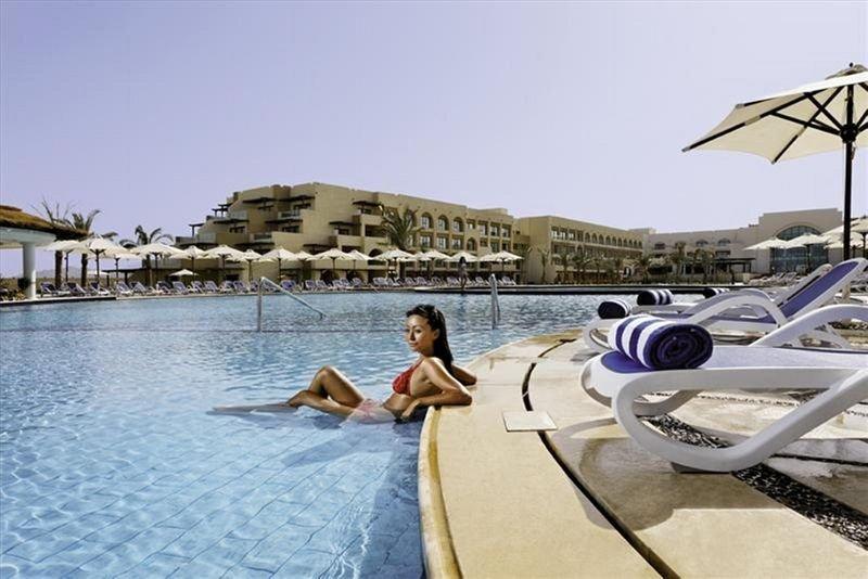Mövenpick Resort & Spa Soma Bay