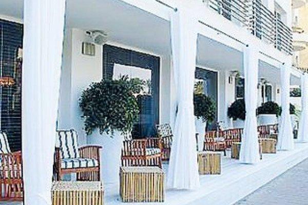 Shalom Hotel & Relax