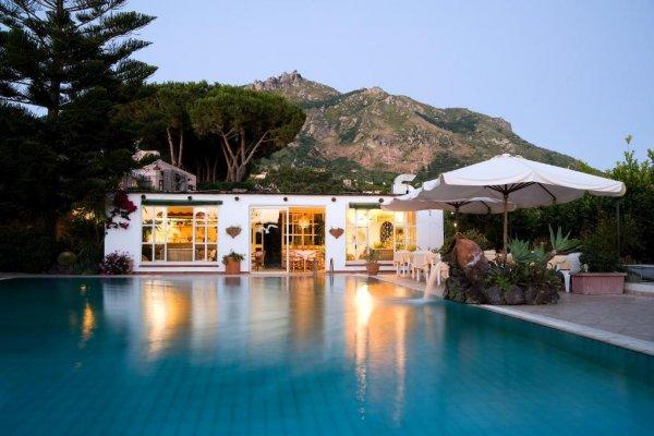 Ischia: Villa Melodie 3*+