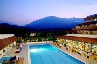Rose Resort