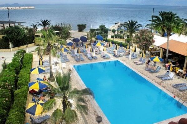 Angela Beach Hotel & Appartments
