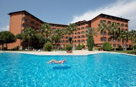 Club Turtas Beach Hotel recenzie