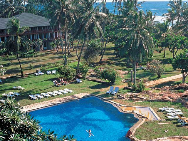 Bentota Beach - The Cinnamon Luxury Collection