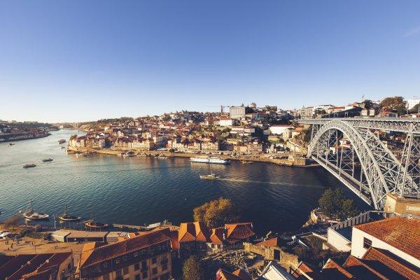 Portugalsko, Porto: Mesto mostov a perfektného vína