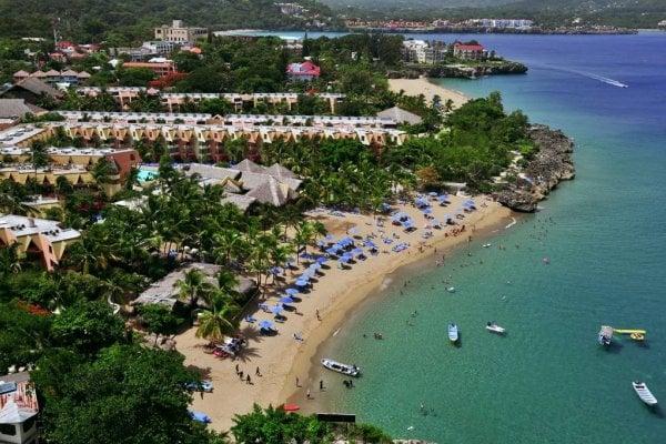 Amhsa Casa Marina Beach