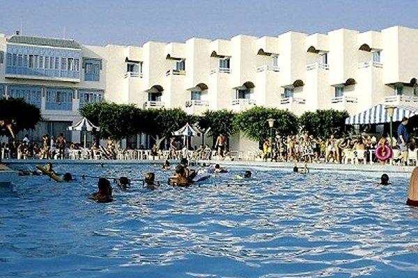 Novostar Budget Pyramides Hotel Club & Spa