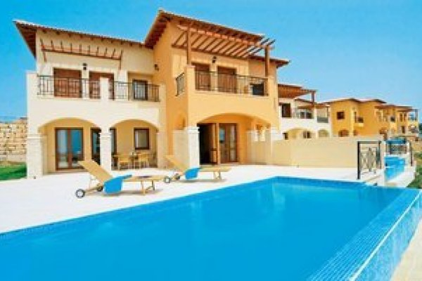 Aphrodite Hills Holiday Residences - Villas & Apartments