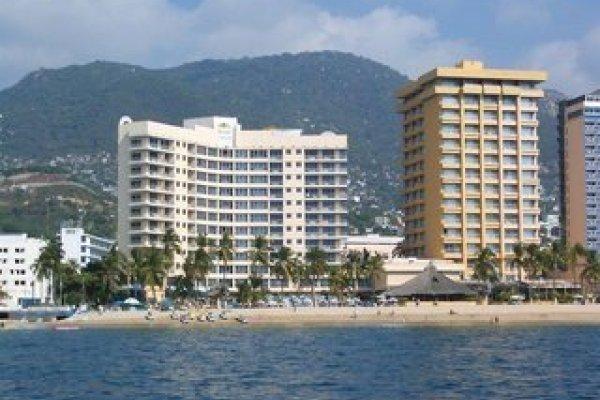 Qualton Club & Ritz Acapulco De Playa