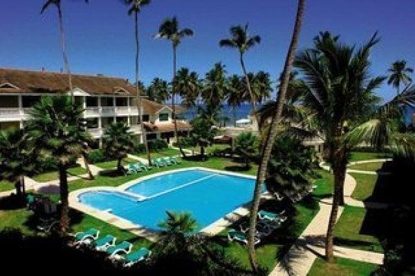 Albachiara Beachfront Hotel & Residence