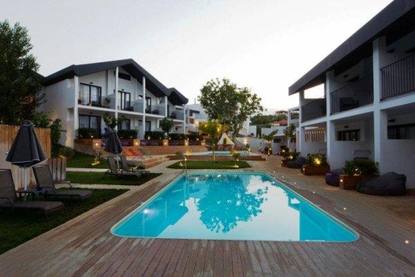 Aqua Bay Hotel