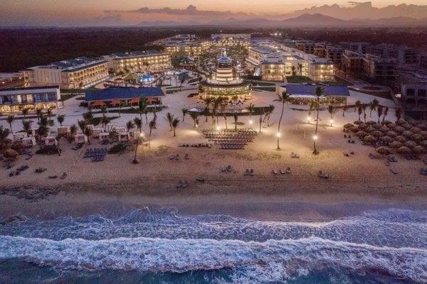 Ocean El Faro El Beso - Erwachsenenhotel