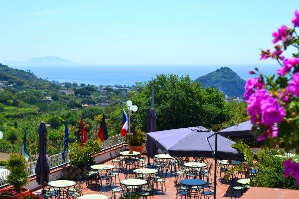 Ischia: Hotel Maremonti 3*