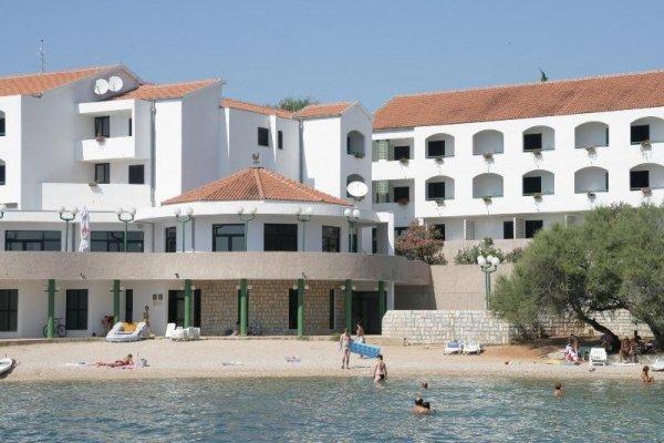 Miran Hotel & Villas