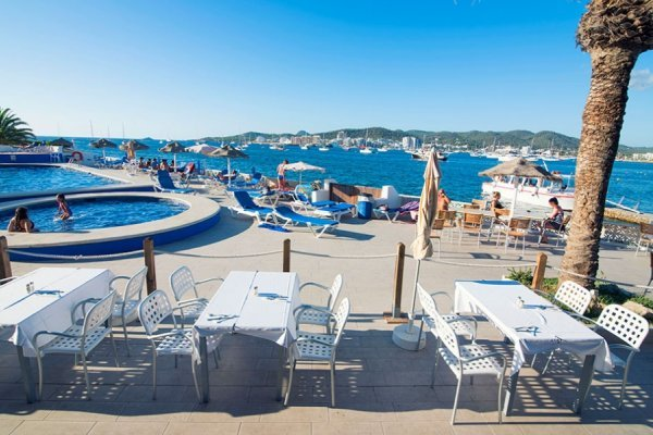 Ibiza: Chillout azuLine Mar Amantis 4*