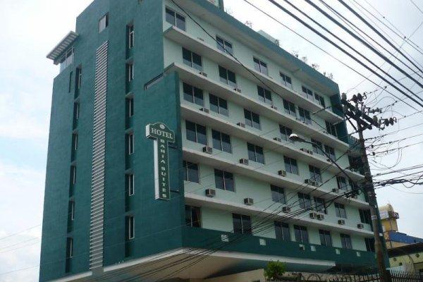 Hotel Bahia Suites