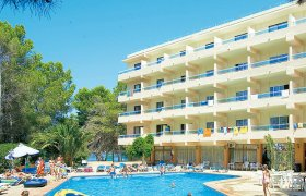 Els Pins Resort & Spa recenzie