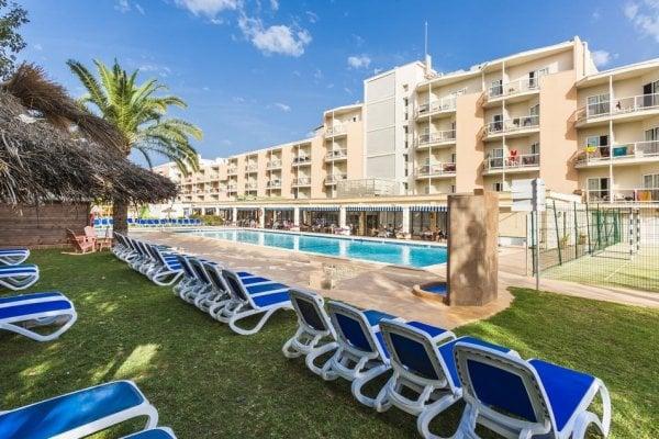 Malorka: Globales Playa Santa Ponsa 3*