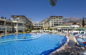 Kemer Barut Collection recenzie
